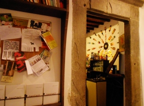 Meykadeh bookstore cafe – best soy chai latte in Florence